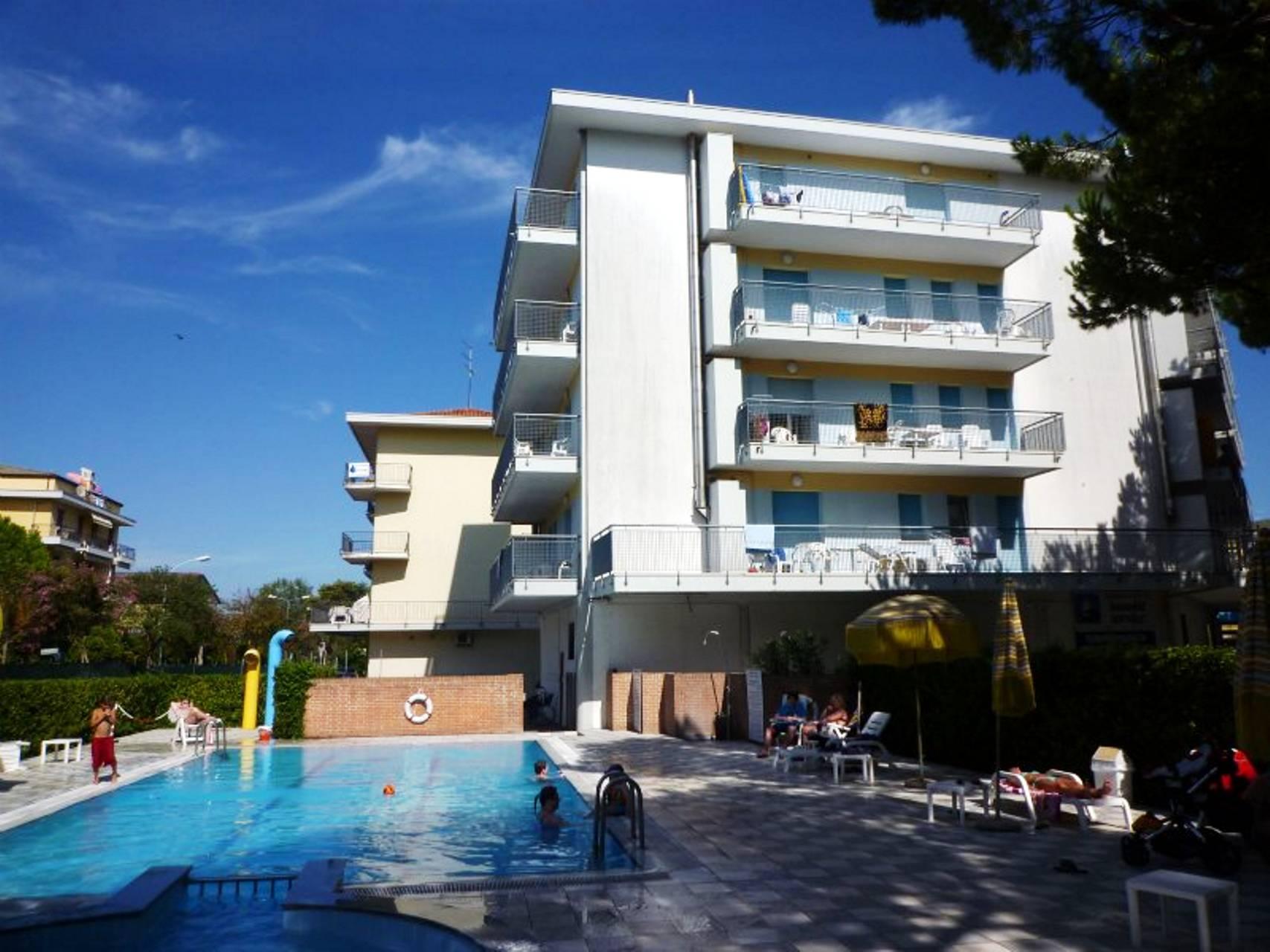 Pool2 H