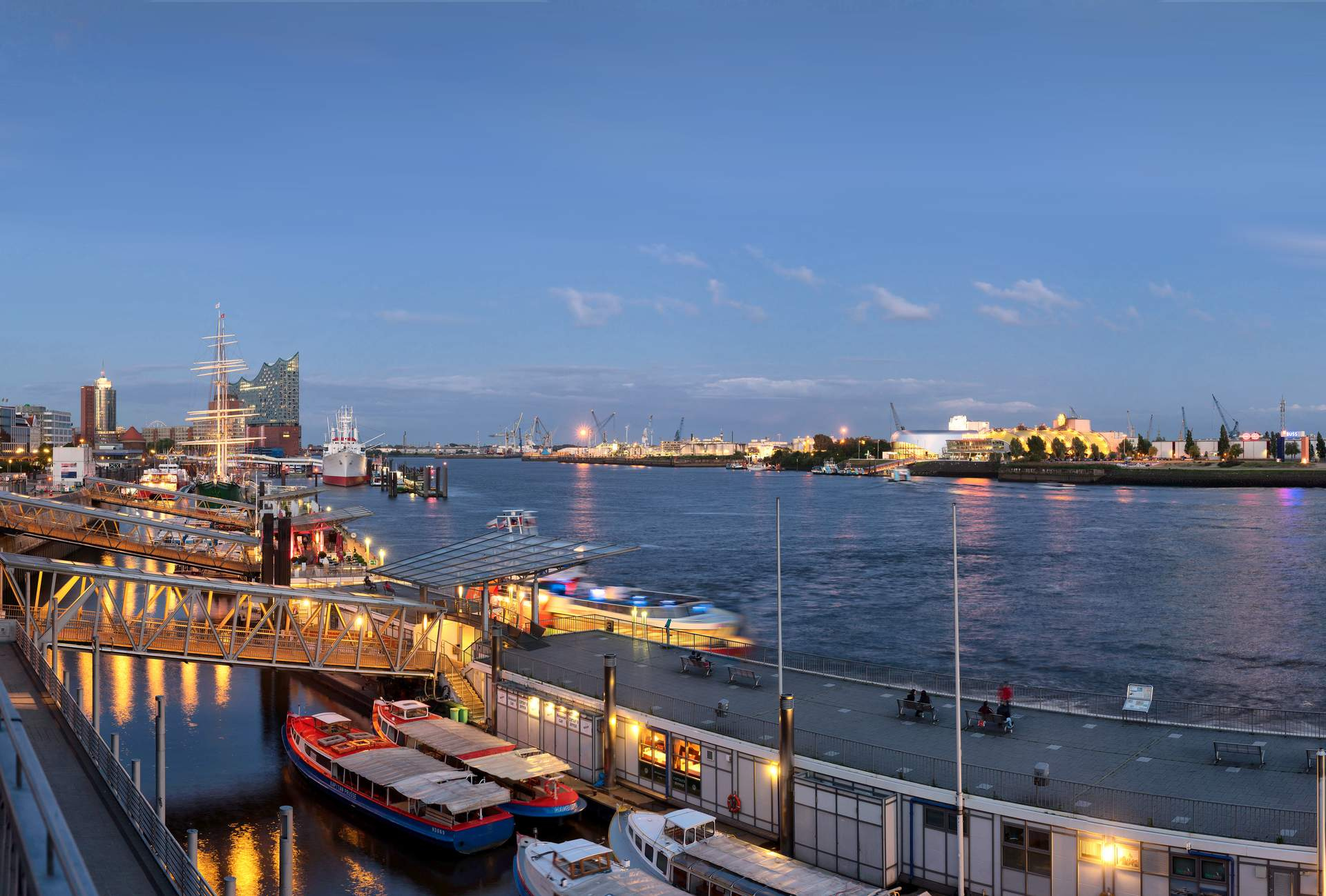 Hamburg: Foto: www.mediaserver.hamburg.de / Andreas Vallbracht