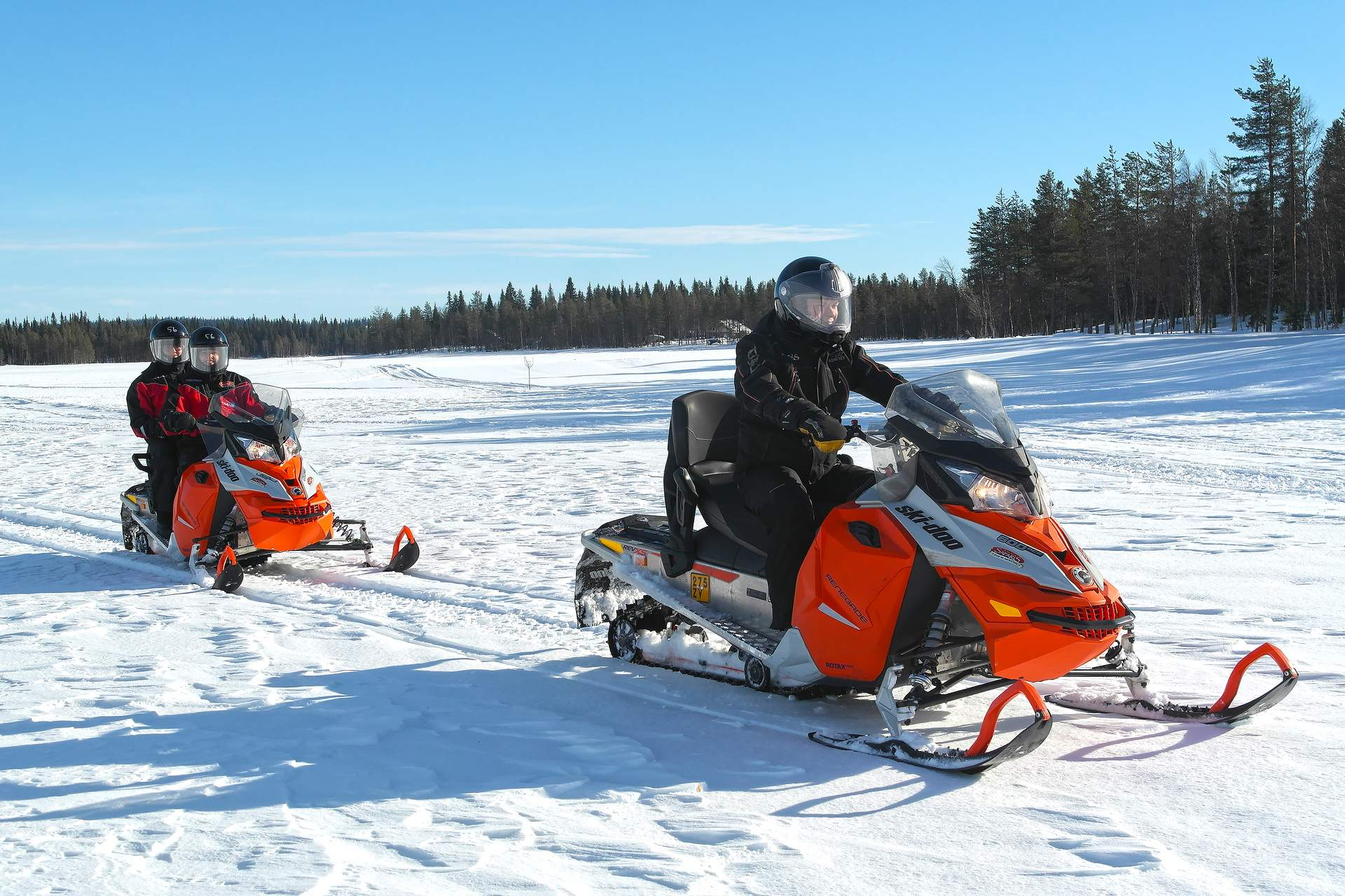 Finnland: Motorschlittenfahrt