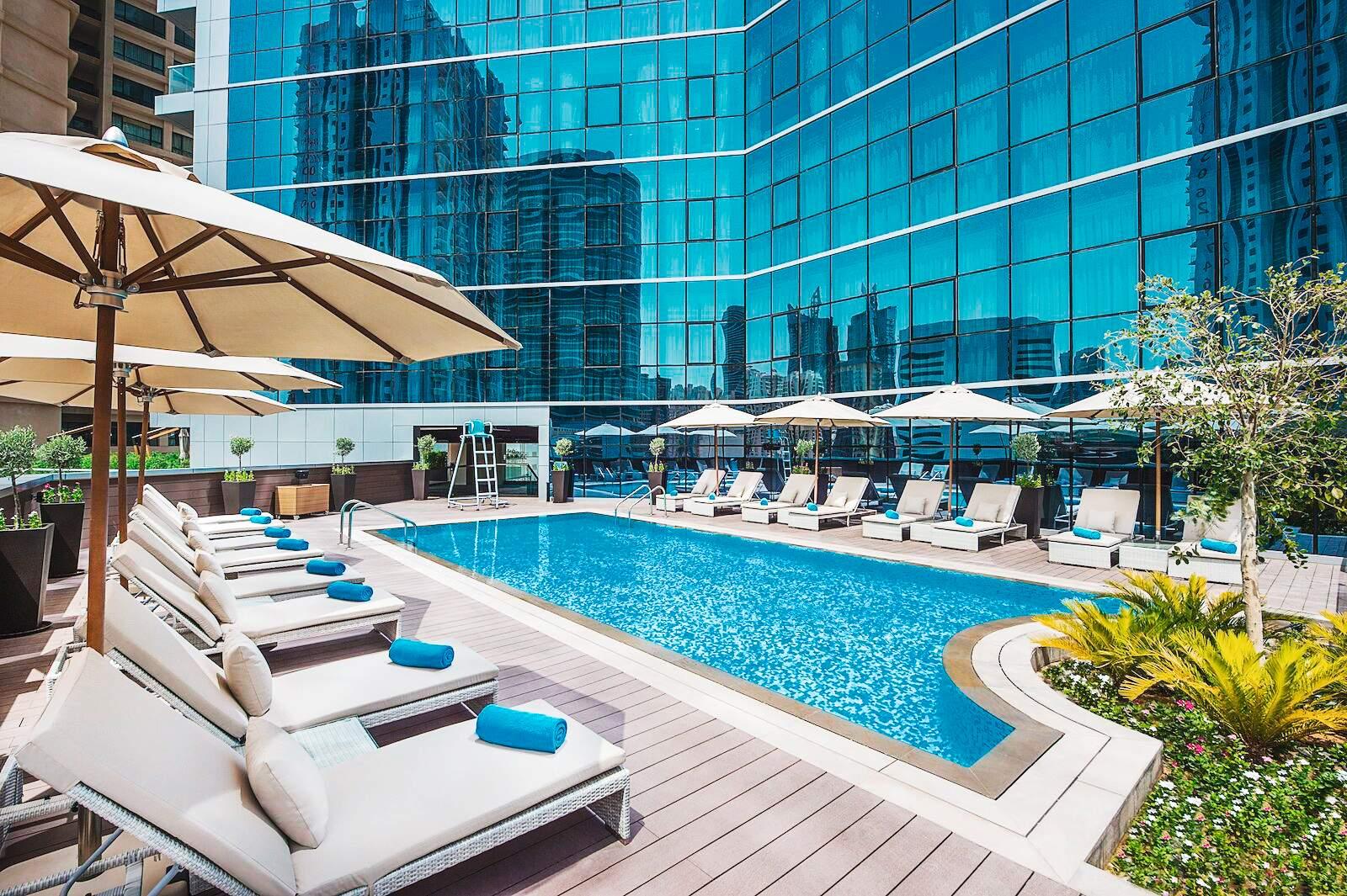 Dubai: Hotel Tryp by Wyndham Barsha Heigts